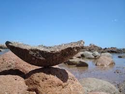 [Image: balancerock13.jpg]